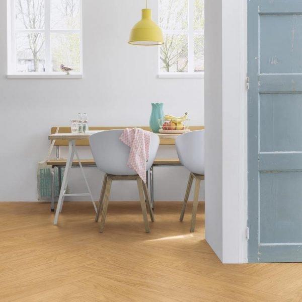 Quickstep Livyn Balance Click V4 Select Oak Natural BACL40033 - Room