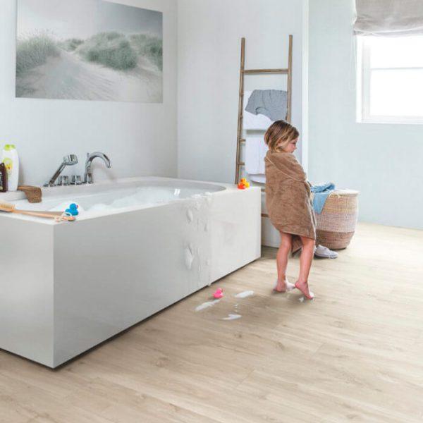 Quickstep Livyn Balance Click Plus V4 Canyon Oak Beige BACP40038 - Room