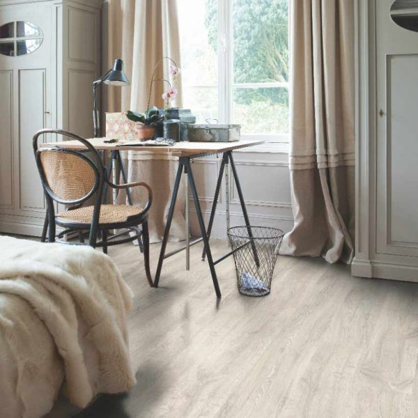 Quickstep Classic Reclaimed White Patina Oak Planks CL1653 - Room