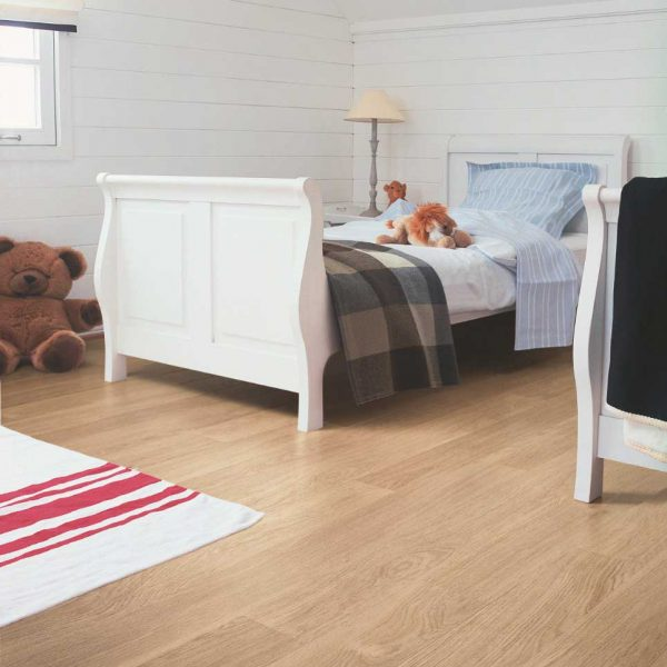 Quickstep Eligna White Varnished Oak Planks EL915 - Room
