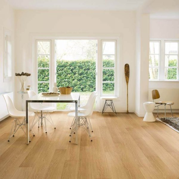 Quickstep Impressive Natural Varnished Oak IM3106 - Room