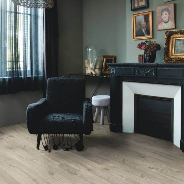 Quickstep Livyn Pulse Click Plus Autumn Oak Warm Grey PUCP40089 - Room