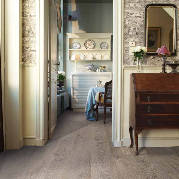 Quickstep Elite Old Oak Light Grey Planks UE1406 - Room