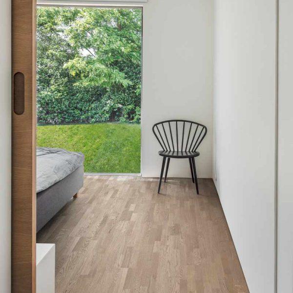 Kahrs Oak Twilight Engineered Wood Flooring - Room Set