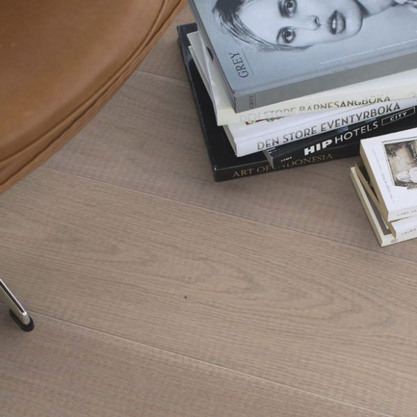 Boen Oak Fashion Sandy Grey 209mm Oiled SHGV4KWD - Room