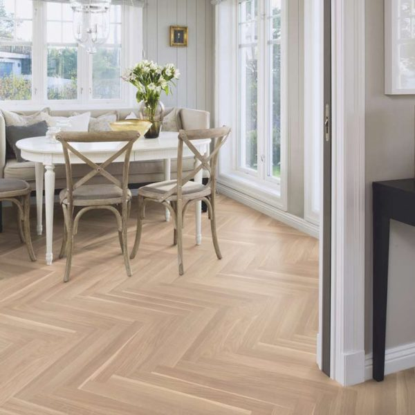 Boen Prestige Herringbone Oak White Baltic Live Natural EIN28M5D - Room
