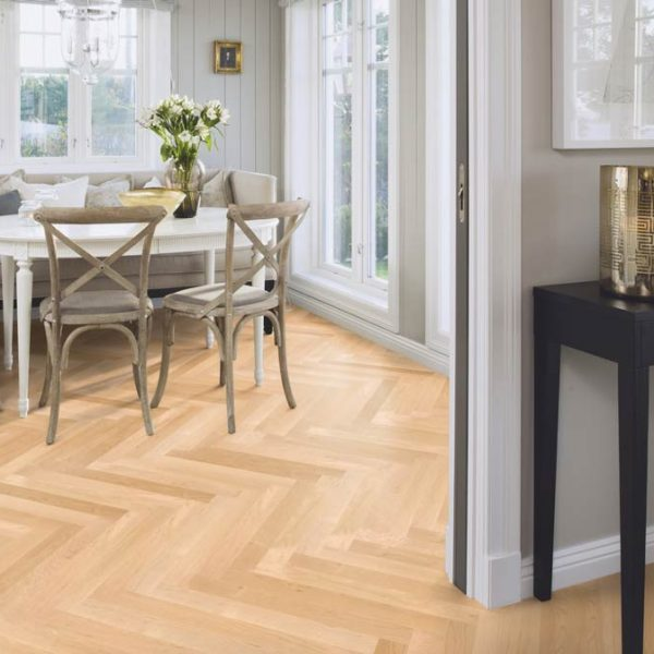 Boen Prestige Herringbone Maple Canadian Nature Live Satin MAN23P5D - Room