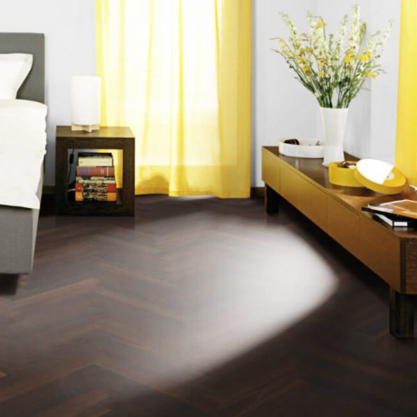 Kahrs Walnut Herringbone AB Natural Oil - Room