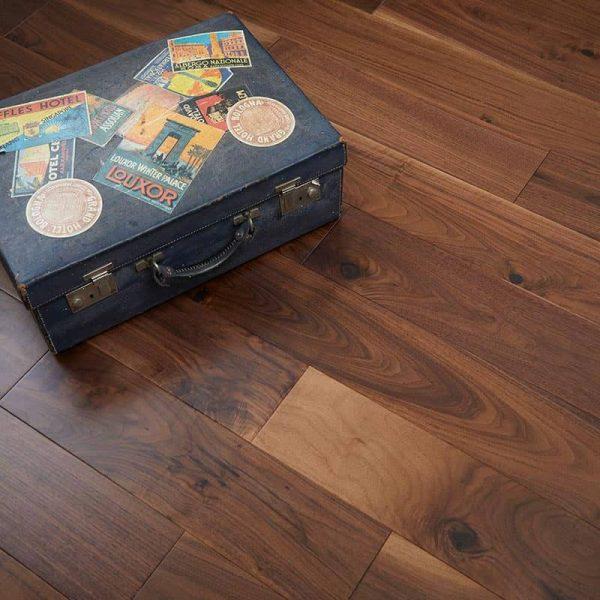 Woodpecker York Walnut - Solid Wood Flooring