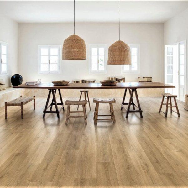 Quickstep Signature Brushed Oak Warm Natural SIG4762 - Room