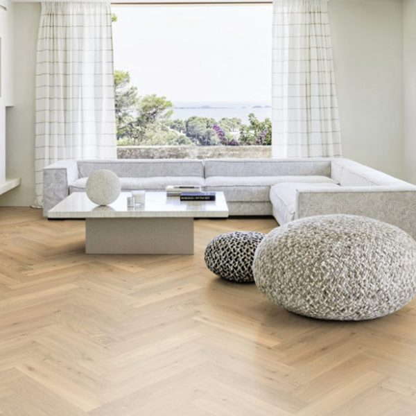Kahrs Herringbone Oak CC DIM White - Room